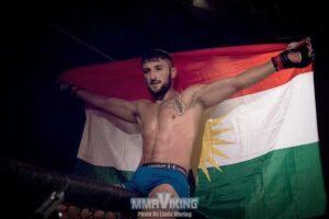 Профессиональный курдский боец ММА улучшает рекорд с победой в Швеции
