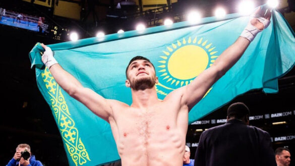 Казахстанский боксер курдского происхождения Али Ахмедов одержал победу над перуанцем Давидом Сегаррой